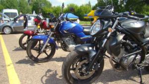 drzwi otwarte_motocykl_800px