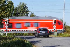 przejazd-kolejowy_kierowcasieszkoli-pl-1a