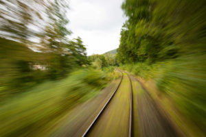 przejazd-kolejowy_kierowcasieszkoli-pl-3a